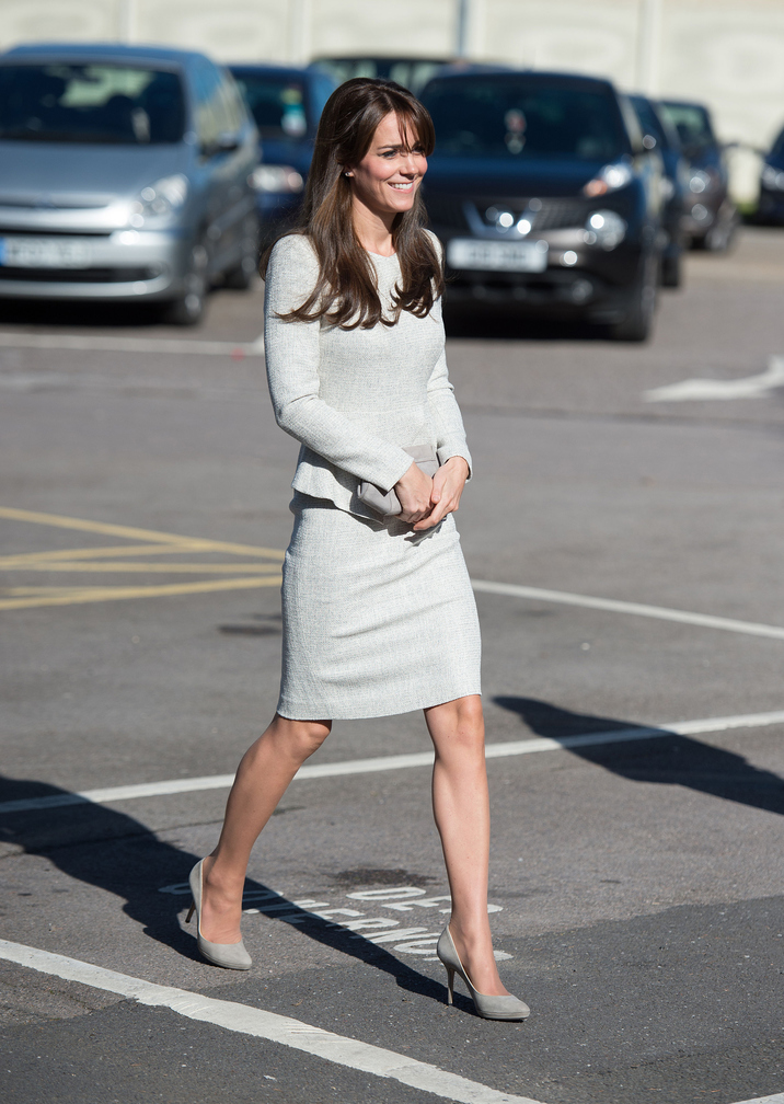 WOKING, UNITED KINGDOM - SEPTEMBER 25: Catherine,  Duchess of Cambridge arrives for a visit to the Rehabilitation of Addicted Prisoners Trust at HMP Send on September 25, 2015 in Woking, United Kingdom. (Photo by Andrew Matthews - WPA Pool/Getty Images)