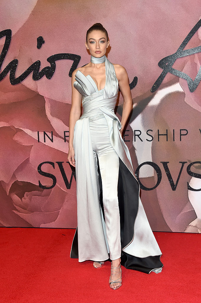 LONDON, ENGLAND - DECEMBER 05: Model Gigi Hadid attends The Fashion Awards 2016 on December 5, 2016 in London, United Kingdom.  (Photo by Stuart C. Wilson/Getty Images)