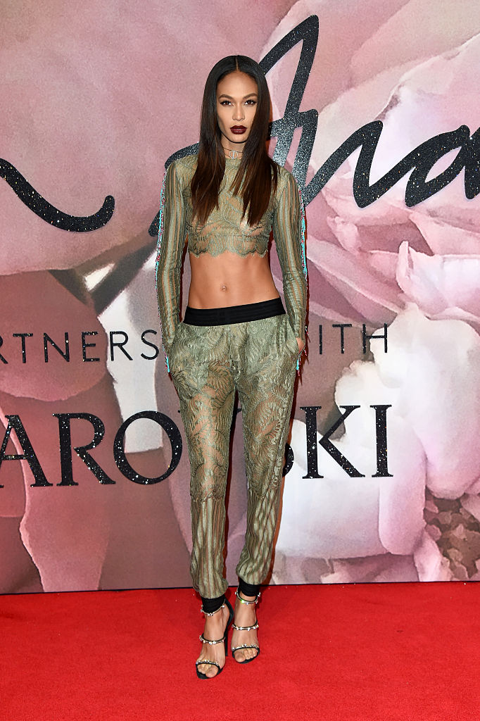LONDON, ENGLAND - DECEMBER 05: Model Joan Smalls attends The Fashion Awards 2016 on December 5, 2016 in London, United Kingdom.  (Photo by Stuart C. Wilson/Getty Images)