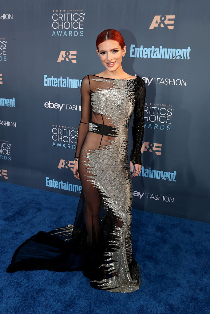 SANTA MONICA, CA - DECEMBER 11:  Actress Bella Thorne attends The 22nd Annual Critics' Choice Awards at Barker Hangar on December 11, 2016 in Santa Monica, California.  (Photo by Christopher Polk/Getty Images for The Critics' Choice Awards )