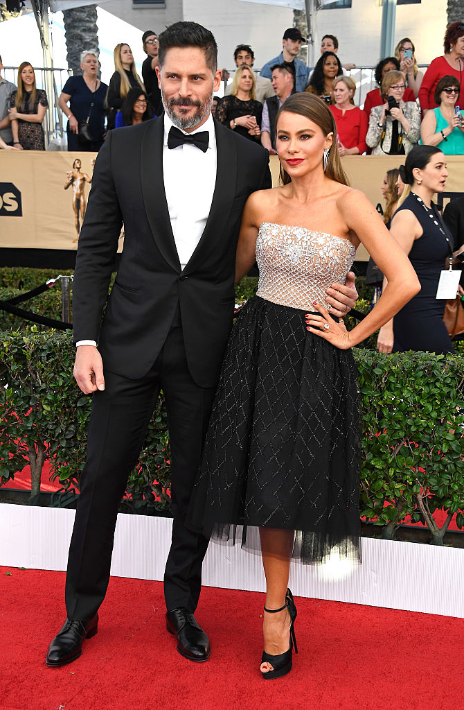 LOS ANGELES, CA - JANUARY 29: Actors Joe Manganiello (L) and Sofia Vergara attend The 23rd Annual Screen Actors Guild Awards at The Shrine Auditorium on January 29, 2017 in Los Angeles, California. 26592_008 (Photo by Frazer Harrison/Getty Images)