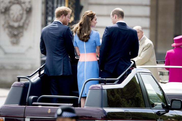 The Duke and Duchess of Cambridge and Prince Harry arrive at the Patron's Lunch in The Mall, central London in honour of the Queen's 90th birthday, in an open topped Range Rover. The Queen's grandson Peter Phillips has masterminded the street party for 10,000 people, to mark the monarch's patronage of more than 600 charities and organisations. London, UK, on Sunday June 12, 2016. Photo by Robin Utrecht/ABACAPRESS.COM