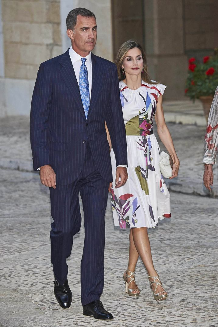 07-08-2016 Majorca King Felipe and Queen Letizia and Queen Sofia during an audience with local authorities at the Almudaina's Palace in Palma Mallorca. No Spain © PPE/Thorton Credit: PPE/face to face - No Rights for Netherlands -