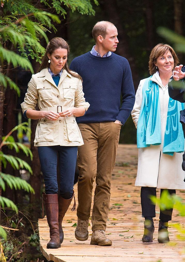BELLA BELLA, BC - SEPTEMBER 26: Catherine, Duchess of Cambridge and Prince William, Duke of Cambridge walk through the Great Bear Rainforest in Bella Bella, Canada, during the third day of the Royal Tour to Canada on September 26, 2016. Prince William, Duke of Cambridge, Catherine, Duchess of Cambridge, Prince George and Princess Charlotte are visiting Canada as part of an eight day visit to the country taking in areas such as Bella Bella, Whitehorse and Kelowna. (Photo by: Dominic Lipinski - WPA Pool/Getty Images)