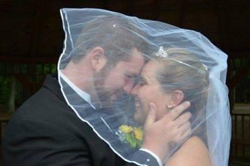 S-au casatorit, dar la 19 zile ea si-a pierdut memoria! A uitat complet nunta - Uite ce gest vrea sa faca sotul pentru ea