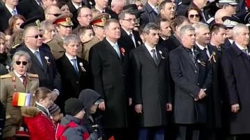 Fostii presedinti ai Romaniei, la parada militara! Traian Basescu l-a evitat pe Klaus Iohannis. Uite cum s-au asezat