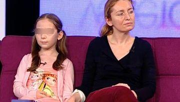 """Fosta sotie a lui Dan Condrea, marturisiri socante despre mama ei! Femeia si-a agresat nepoata de mai multe ori: """"A lovit-o in cap cu o placa de 3 kilograme"""""""