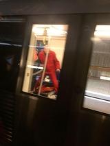 Circulatie blocata la metrou. Un barbat a murit la statia Mihai Bravu