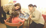 O tanara mamica face naveta peste Prut pentru fetita ei cu Sindrom Down! Ce sacrificii face pentru a ajunge la sedintele de terapie