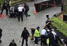 Zeci de raniti si patru morti, in urma atentatului de la Londra. Doi romani, printre victime