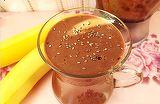 Vrei sa-ti faci un desert de post, irezistibil, extrem de usor? Noteaza reteta pentru budinca cu banane si cacao!