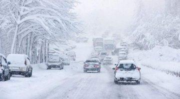 Veştile proaste de la meteorologi continuă! CODUL PORTOCALIU de ninsori a fost PRELUNGIT