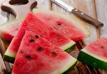 3 alimente pe care sa le consumi in zile caniculare