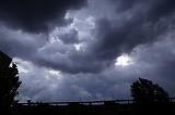 Vremea o ia razna în următoarele săptămâni! Caniculă şi furtuni violente în aproape toată ţara