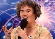 Susan Boyle, concurenta care a cucerit o lume intreaga cu talentul ei, a fost atacata si lovita in timp ce mergea pe strada