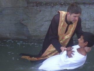Trecutul murdar al preotului Cristian Pomohaci! Patriarhia a facut anuntul
