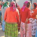 O gravida de etnie roma risca sa infunde puscaria. Ce ascundea femeia sub fusta? Oamenilor legii nu le-a venit sa creada