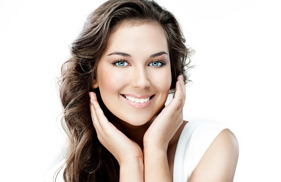 Obtine un zambet de vedeta in clinica stomatologica Dr Leahu Caramfil!