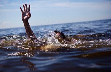 Un jurnalist a murit inecat in valurile Marii Negre