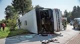Autocar cu 50 de romani, rasturnat in Germania! Cel putin 44 de raniti