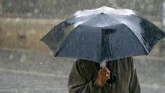 Cod GALBEN  de ploi! Zonele din ţară unde se vor semnala precipitaţii şi intensificări ale vântului