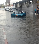 Ploaia puternica a facut ravagii in Targu Jiu - Imagini de necrezut din Piata Mare - Doamne, e potop