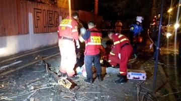 Prima victima dupa furtuna din Bucuresti. Un barbat a murit, lovit de un copac
