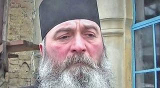 """Incident socant la Iasi! Imediat dupa slujba, un preot a luat arma si a tras: """"A impuscat doi"""""""