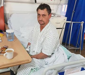 Un barbat din Vaslui s-a trezit intr-un spital din Londra! Ce le-a spus medicilor a lasat pe toata lumea cu gura cascata!