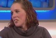 Este complet TRANSFORMATA! Gemma a fost jignita din cauza dintilor, iar asta a facut-o sa cheltuie 11.000 de euro pe dantura! Acum arata fantastic