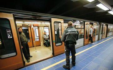 Roman omorat intr-o statie de metrou din Bruxelles! Fratele lui geaman se zbate intre viata si moarte