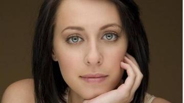 Actriţa Jessica Falkholt, care şi-a pierdut familia în a doua zi de Crăciun, a murit!