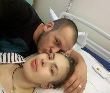 Sotul Cristinei Manea, acuzat chiar inainte de moartea tinerei! S-a spus ca a parasit-o in spital! Tanara de 23 de ani a aflat imediat dupa ce a nascut ca are o forma rara de cancer EXCLUSIV