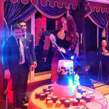 Imagini de la petrecerea fastuoasă a Ramonei Gabor! Cum a petrecut sora Monicăi în Dubai