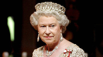Familia Regala din Marea Britanie au chemat electricienii sa le repare instalatia. Ce au gasit sub podeaua Palatului Buckingham? Imaginile sunt WOW
