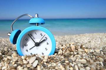 Parlamentul European elimina ora de vara. Cum ne va afecta acest lucru