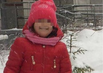 O fetita a murit dupa ce educatoarea a uitat-o afara si a inghetat! Micuta avea doar 3 ani