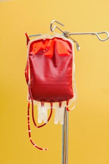 Ce inseamna cand visezi sange? Dictionarul de vise: sange