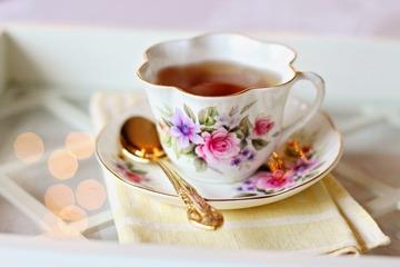 Ceaiuri pentru durerile in gat. Leacuri naturiste pentru raguseala si durerea in gat