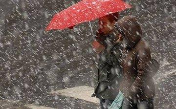 Racire accentuata in Bucuresti si toata tara! Ploaie, lapovita si ninsoare in urmatoarele zile