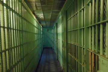 Un barbat din Radauti a fost condamnat la 225 de ani de inchisoare. Ce fapte oribile a putut sa comita barbatul