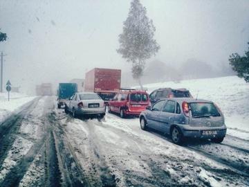 Romania, sub zapezi, toata saptamana! Meteorologii au prelungit codul galben de ninsoare