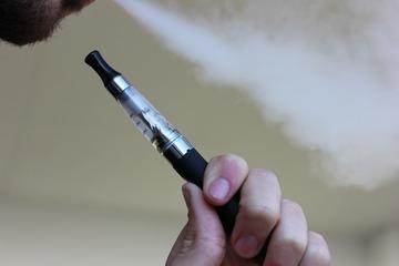 Promovarea fumatului electronic, INTERZISA?