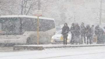 Fenomene meteo severe. Temperaturi scazute pana saptamana viitoare. Autoritatile au declarat stare de alerta