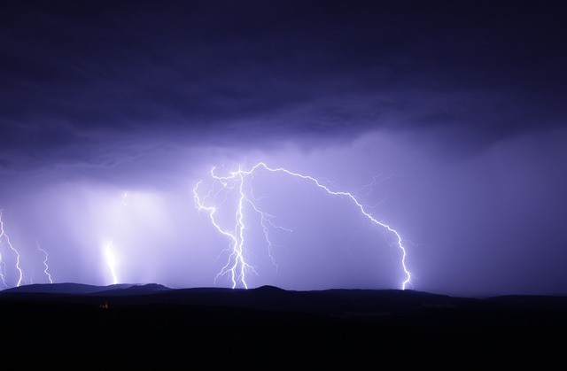 Prognoza sumbra a meteorologilor! Vremea va fi urata si la vara!
