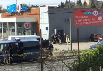 Atac armat in supermarket! Trei morti si trei raniti!