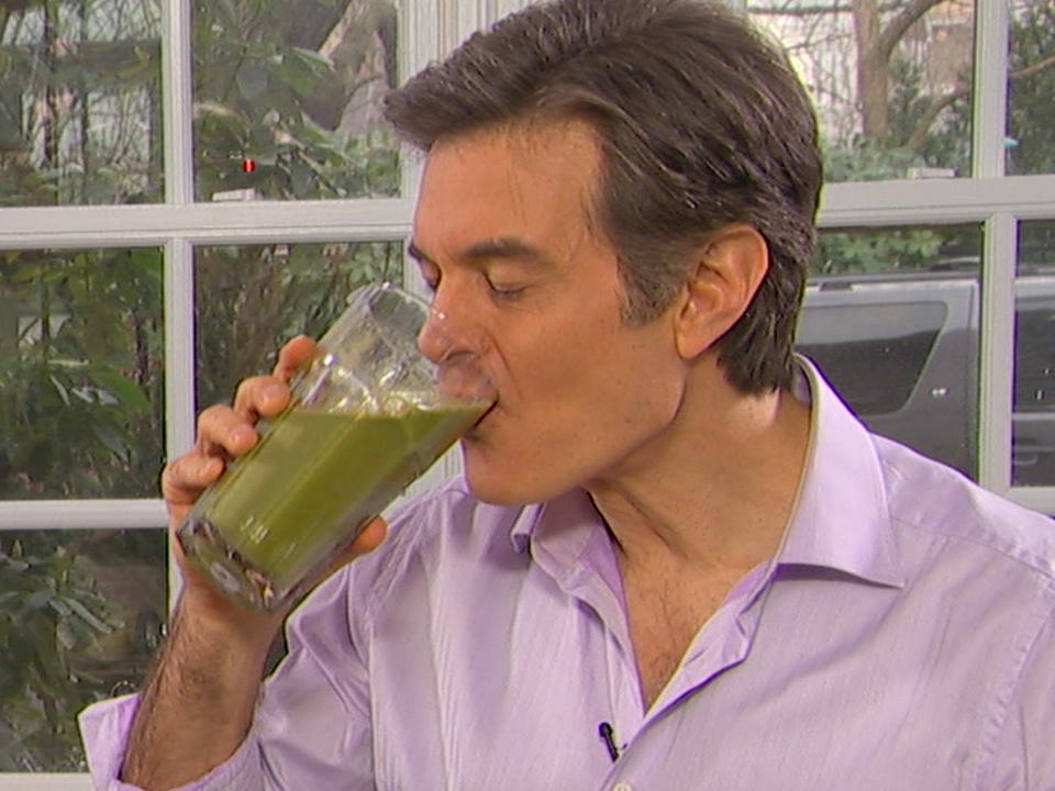 Bautura miraculoasa a lui Dr. Oz. Te ajuta sa slabesti zi si noapte!