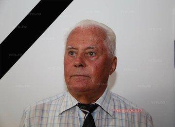 Profesorul si scriitorul Mihai Luca a murit in taxiul cu care venea spre Bucuresti