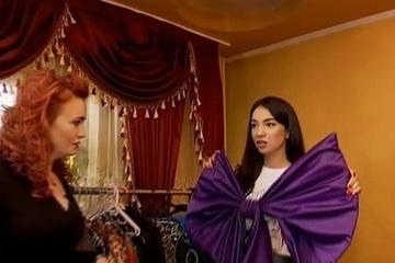 """Casa de vedeta: V-ati intrebat vreodata cum arata o casa """"cu stil""""? Poftiti in caminul Irinei Udila!"""