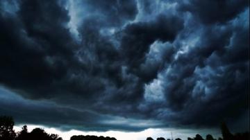 Cod GALBEN de ploi torentiale si VIJELII pana luni dimineata! Care sunt zonele afectate. Anuntul facut de ANM